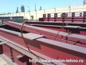 Металлические конструкции вагонных весов в разобранном виде
